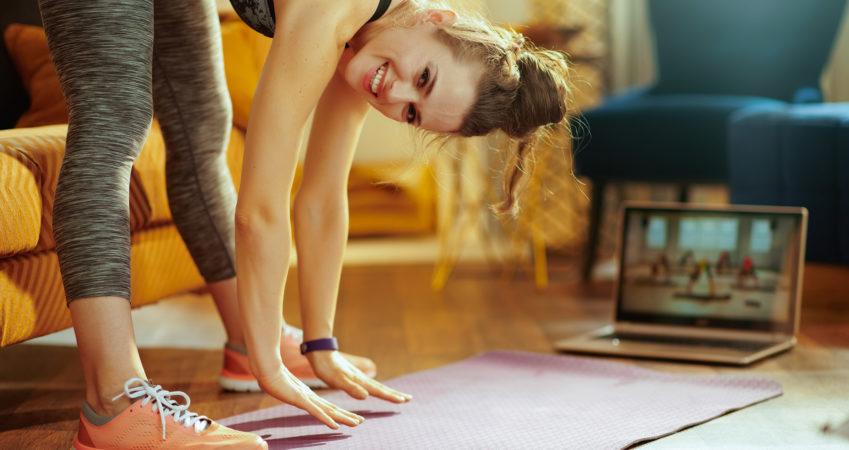 I karantene? Prøv Yoga!